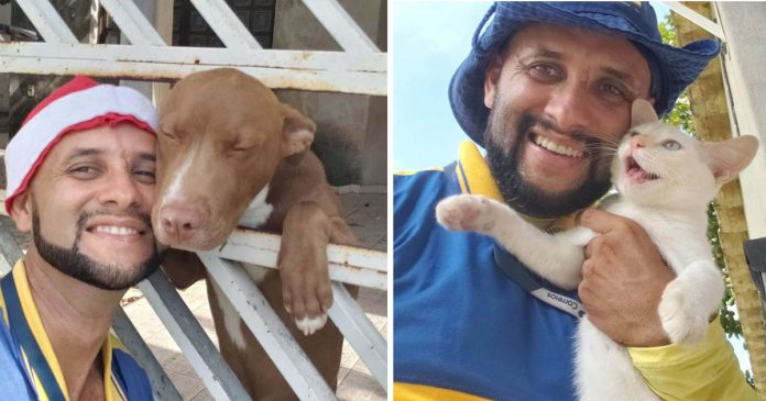 Cartero se toma selfies con animales de los que se hace amigo