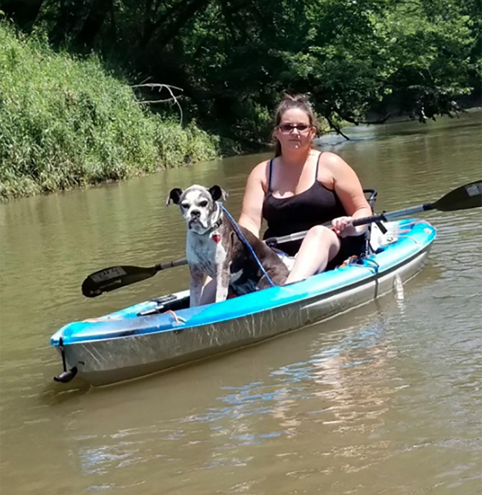 Ethyl rescatada kayak