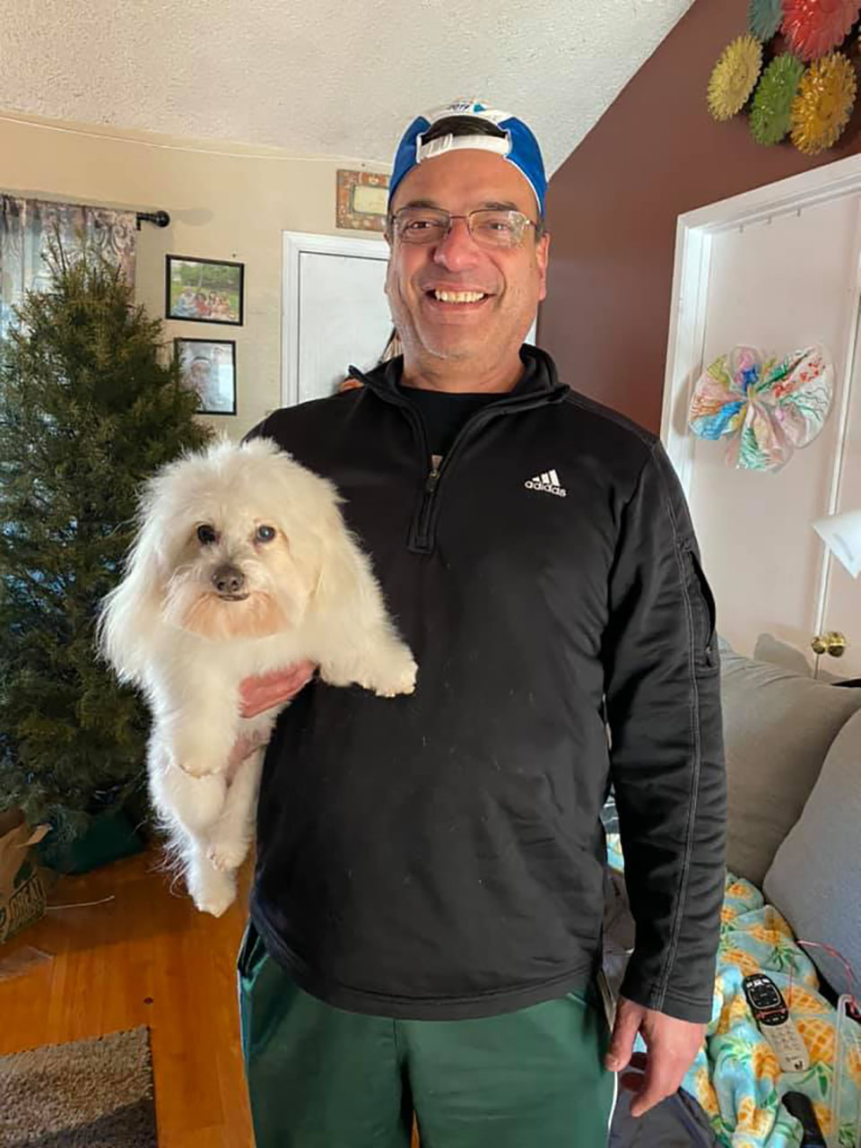 Esposo vuelve a casa con el perro equivocado
